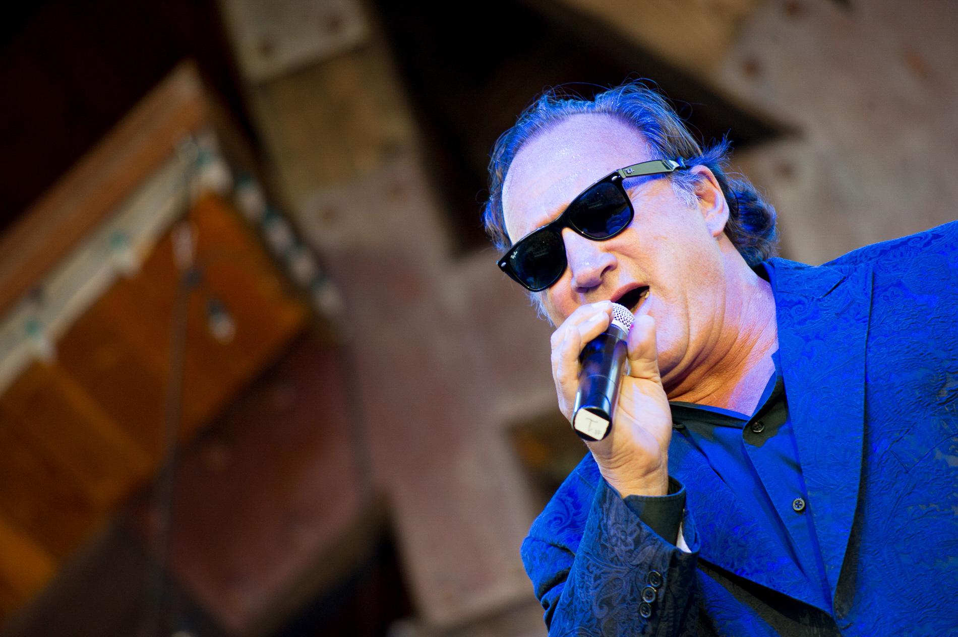 Jim Belushi in Concert